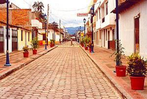 Strada coloniale a Cotacachi